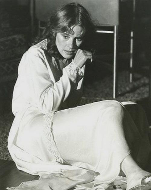 Home » Joan Hackett » Joan Hackett, A Punto De Arrepentirse De Tanto ...
