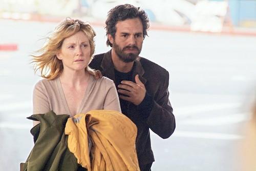 Julianne Moore y Mark Ruffalo en BLINDNESS (2008)