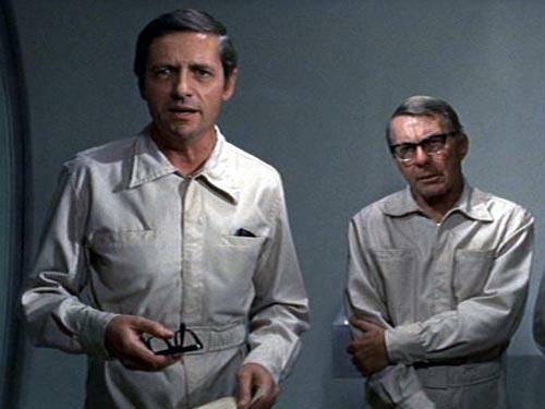 Arthur Hill y David Wayne en THE ANDROMEDA STRAIN (1971)