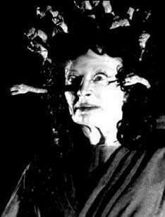La Medusa de THE GORGON (1962),  el primer monstruo femenino  de la Hammer